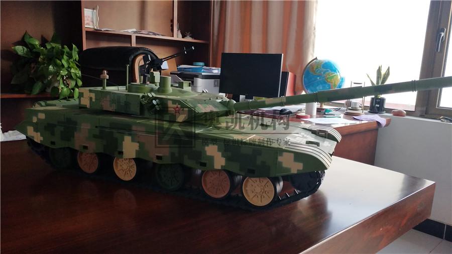 某军区坦克车biwei必威